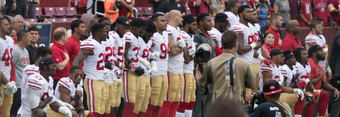 San Francisco 49ers Kneel During Anthem